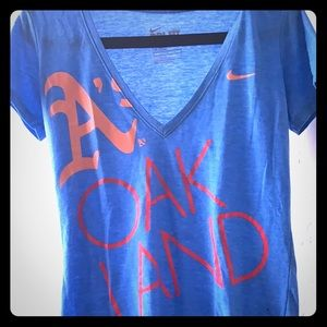 Nike Oakland A's v-neck t-shirt